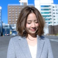 センターパートミディアムボブ【vicca 萩原】