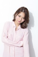 上品な大人かわいいミディアム〜ロングヘア☆センターパートもOK!!  担当:加納竜也