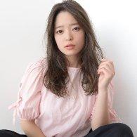 チークバングルーズカールロング【vicca萩原】